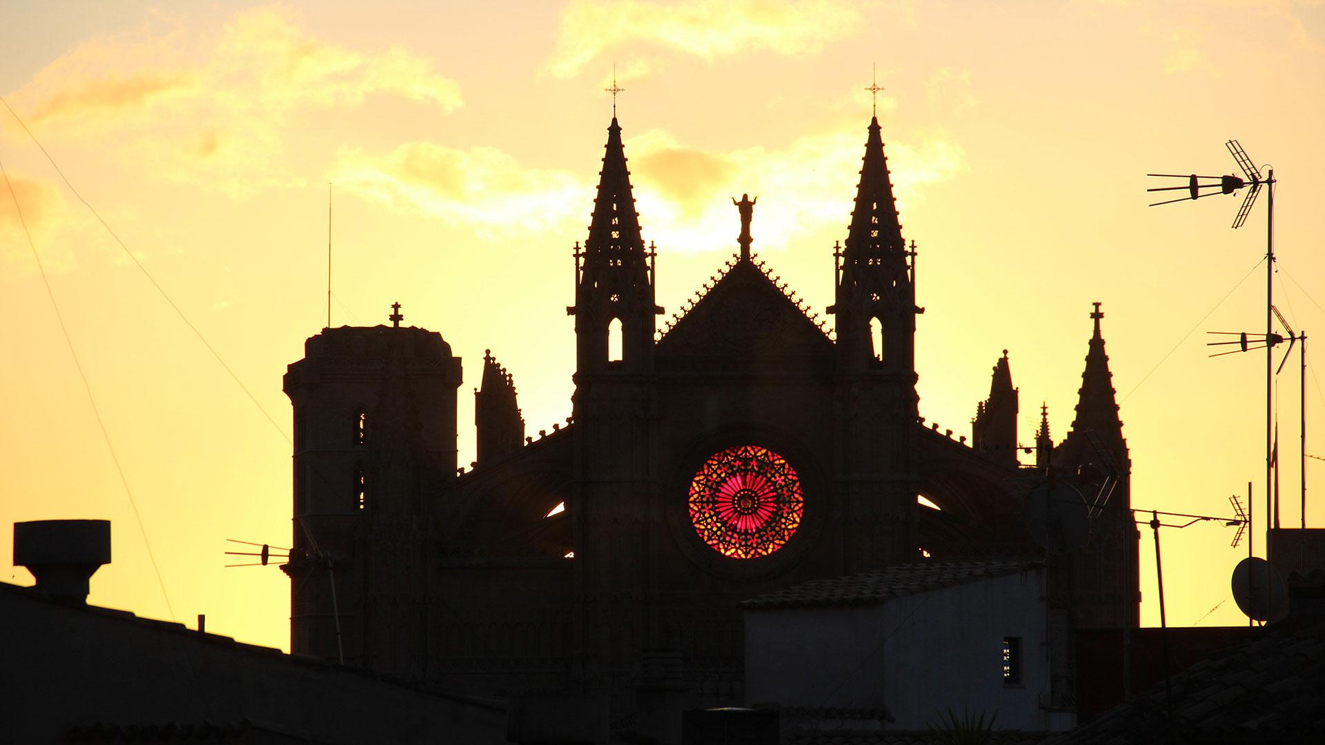 Imagen  Visita las espectaculares terrazas de la Catedral de Palma